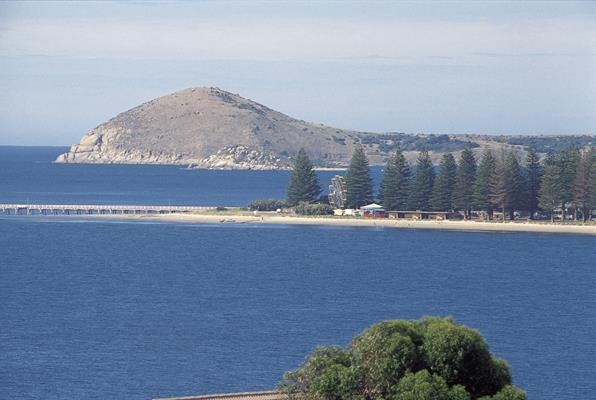 The Bluff and Causeway: a great place to visit in Victor Harbor.  Image © SATC; Neale Winter. This photo sponsored by Chimney Cleaning Category.